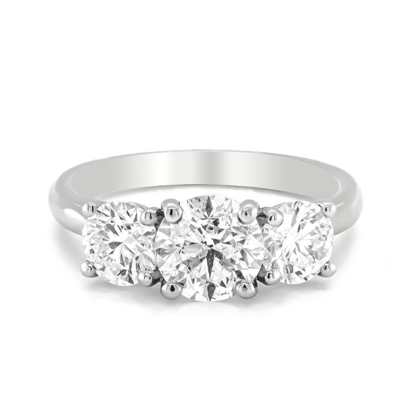Platinum Three Stone Diamond Ring Total 2.60cts