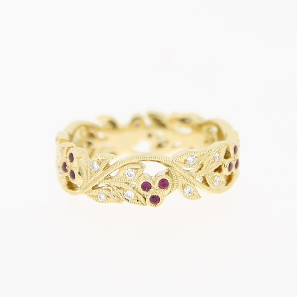 Ungar & Ungar 18ct Yellow Gold 6mm Cherry Floral Band Total 0.18 ct