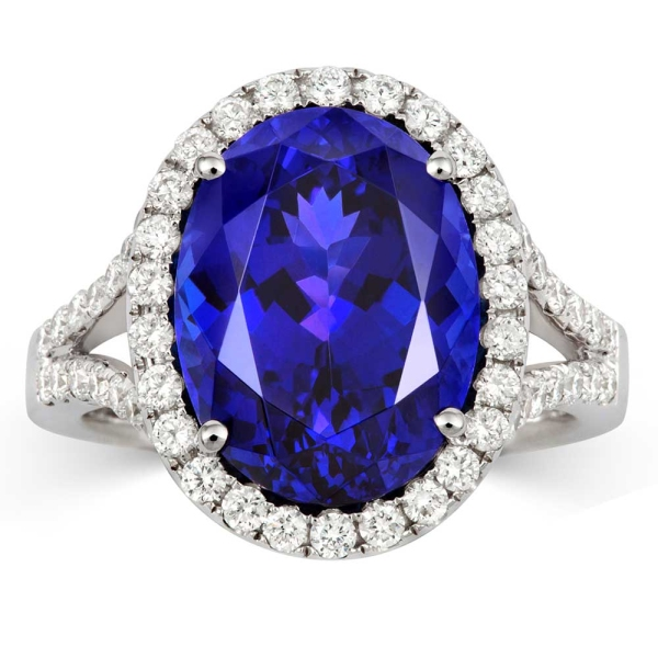 tivon-oval-tanzanite-and-diamond-cluster-ring-with-diamond-set-shoulders
